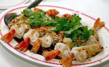 สูตรวิธีการทำอาหารไทย-กุ้งนึ่งกระเทียมโทน