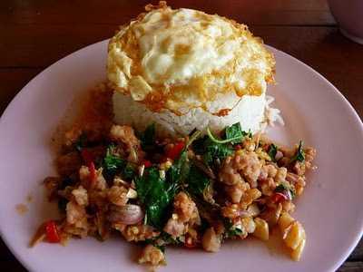 สูตรวิธีการทำอาหารไทย-ข้าวผัดกะเพราไก่