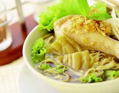 สูตรวิธีการทำอาหารไทย-ก๋วยเตี๋ยวไก่ตุ๋นมะระ